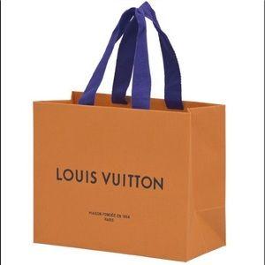 🍭 Louis Vuitton Extra Large Gift Bag